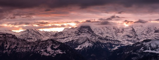 Lauteraarhorn, Eiger, Mönch et Jungfrau au lever du soleil